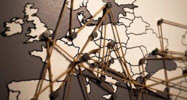 Democrazia malata. Lo stato d'emergenza infetta l'Europa