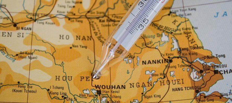 Pandemia. Scontro sull'origine del virus, ma USA e Cina tornano ai dialoghi commerciali