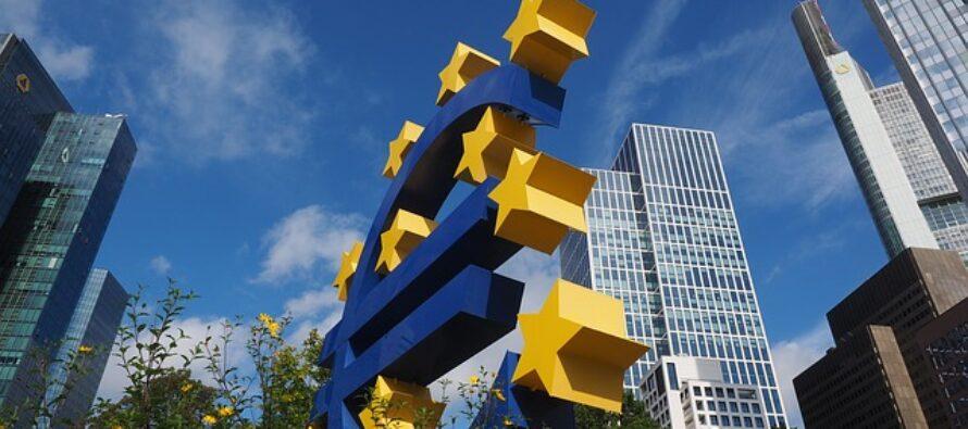 Germania contro l'Europa. La Corte tedesca attacca la politica anti-crisi della Bce