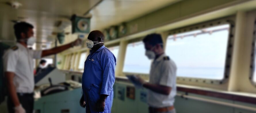 Migranti. La strage degli innocenti, sono due i minori sulle navi quarantena deceduti