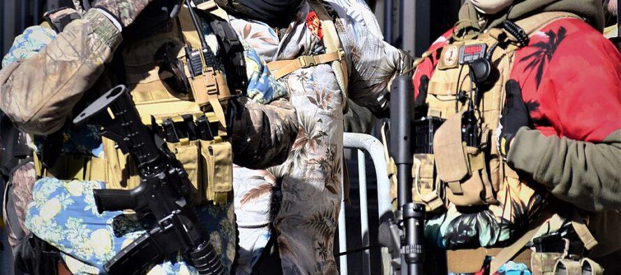 Il giorno di Biden. «Pericolo dall'interno»: controlli sulla Guardia nazionale