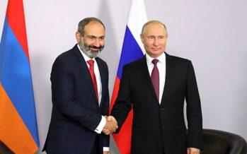 Aria di golpe in Armenia, il premier in piazza contro l'opposizione
