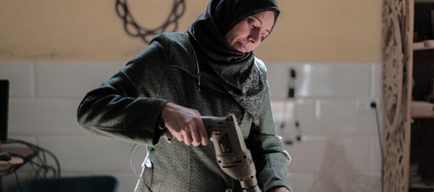 Gaza.Le donne protestano contro la corte islamica: per viaggiare l'assenso del tutore