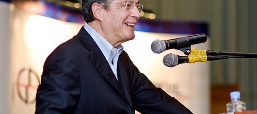 Ecuador. Vince a sorpresa il banchiere Guillermo Lasso, e con lui i paradisi fiscali