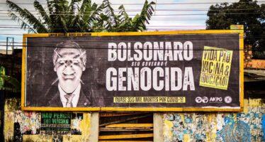 Pandemia. Bolsonaro sotto accusa per l'uso della clorochina cerca capri espiatori