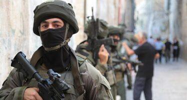 Catturati gli ultimi due evasi palestinesi, ma la «Grande fuga» diventa un mito