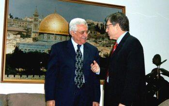 Palestina: appello per cacciare Abu Mazen, il «grande assente» dell'Intifada