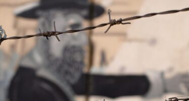 Israele dal 2003 per «motivi di sicurezza» proibisce ai palestinesi i ricongiungimenti familiari