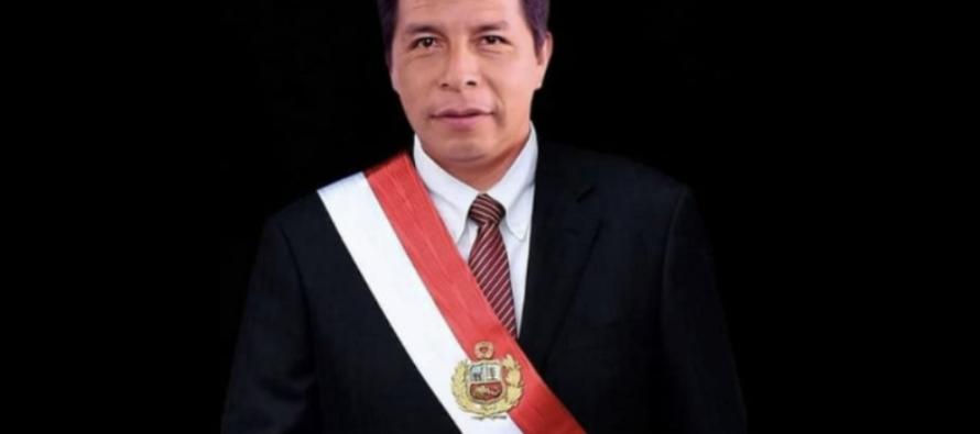 Perù, oggi il maestro Pedro Castillo diviene presidente