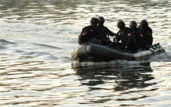 Richiedenti asilo haitiani frustati dalla polizia al confine USA-Messico