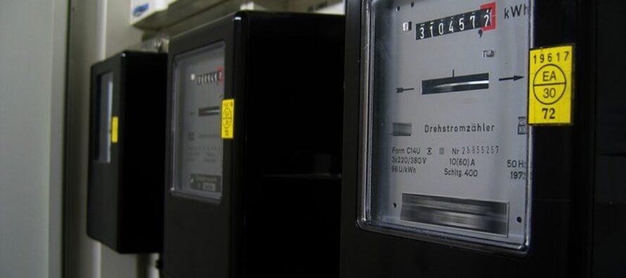 Spagna, il governo Sánchez ha un piano per frenare l'aumento delle bollette elettriche