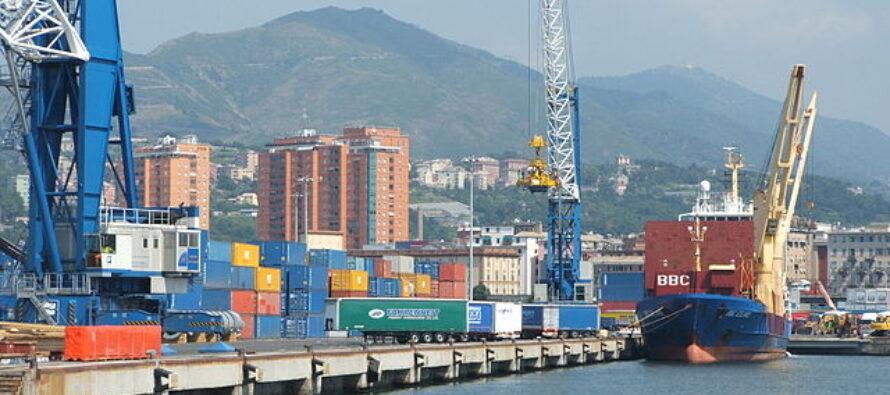 Porto di Genova, tamponi gratuiti per i marittimi, ma non per tutti