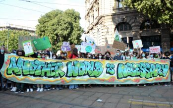 Global March For Climate Justice a Milano, in «50mila» assediano la Pre-Cop26